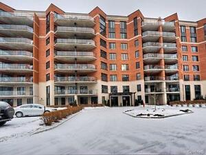 Executive style water front condo!! Must see!