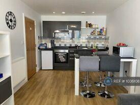 2 bedroom flat in Enterprise House, Portsmouth, PO1 (2 bed) (#1036108)