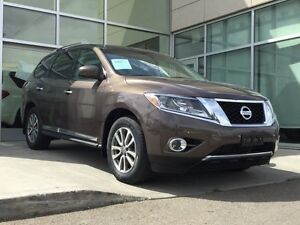 2015 Nissan Pathfinder SL/AWD/NAVIGATION/BLIND SPOT/2ND AND 3RD