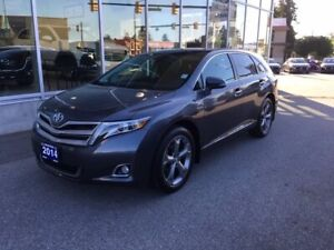2014 Toyota Venza V6 AWD 6A The best of everything you want.