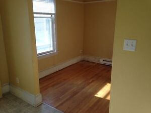 Great apt !... GREAT location !!!... Everything included !!!