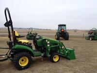 JOHN DEERE NEW 2014 1025R,H120 LOADER &42 TILLER-save$4695.