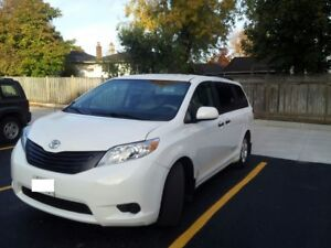 LOWEST KMs 2012 Toyota Sienna CE e-test & safety PASSED $17,000
