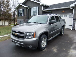 2007 Chevrolet Avalanche Pickup Truck