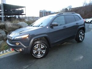 2016 Jeep CHEROKEE Trailhawk V6 (Original MSRP $42520, now $3197