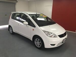 2008 Mitsubishi Colt RG MY08 ES White 1 Speed Constant Variable Hatchback Buderim Maroochydore Area Preview