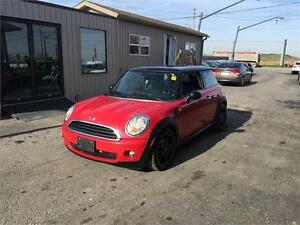 2008 MINI Cooper Hardtop ***ONLY 137 KMS***LEATHER***PANO ROOF** London Ontario image 8