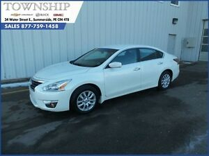 2015 Nissan Altima - $8/Day - Automatic - 4 Cylinder