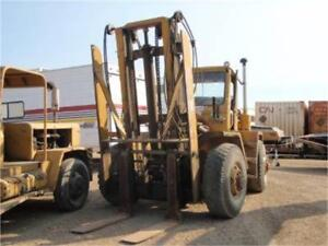 1986 PATRICK AR8 ARTICULATED 4X4 16,000 LB FORKLIFT