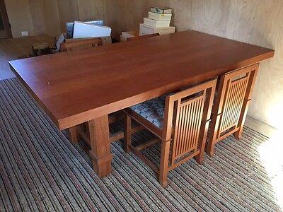 Frank Lloyd Wright carpet and desk