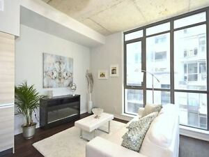 ◊◊◊ 2 BED UNIT IN BOUTIQUE 89 UNIT BUILIDNG IN QUEEN WEST ◊◊◊