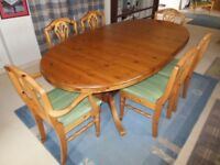 Ducal Pine dining table, 6 chairs (4 standard chairs plus 2 carvers)