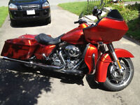 2013 HD Road Glide Custom FLTRX with 4500 KMs + Extras