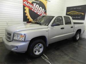 2011 Dodge Ram Dakota SXT *Pick up*V8*4x4*Crew Cab*