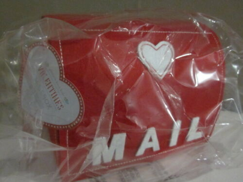 Pottery Barn Kids Valentines Day Felt Mailbox Mail Box w/ Hanging Heart NIP NWT