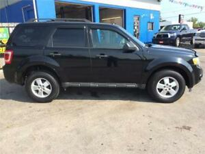 2010 Ford Escape XLT- 113K, 4x4, Leather , NAVI - $11,950