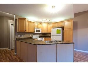 Exquisite 3 Bedroom Townhouse Available Immediately