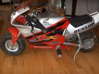 HONDA CBR Replica Electric Pocket Bike