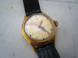 Great vintage women watch Marathon gold tone automatic 17 jewels