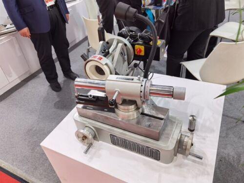 End mills Cutter grinding sharpening grinder & sharpener