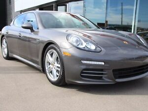2015 Porsche PANAMERA Local Edmonton Certified with 2 Year Unlim
