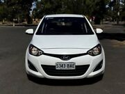 2013 Hyundai i20 PB MY13 Active White 4 Speed Automatic Hatchback Mile End South West Torrens Area Preview