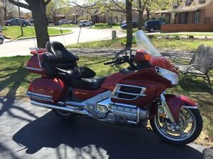 Honda Goldwing 2001 GL1800 Bas millage 7 900 $