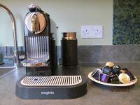 Magimix Nespresso (plus 25 unused pods)