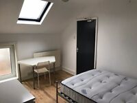 Beautiful Ensuite Modern King Size Room in Leafy Suburbia, just a stones throw from the city !