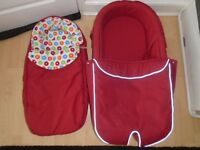 Stokke Xplory red carrycot+foot muff(post it)