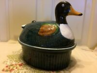 Retro Ceramic Duck egg holder/storage