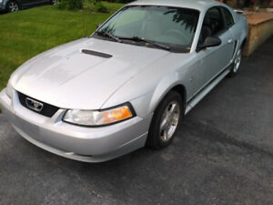 2002 Ford Mustang V6 with Safety and eTest