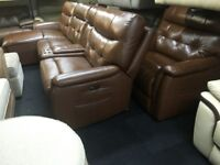 BROWN TAN CORNER+CUDDLE CHAIR LEATHER ELECTRIC/MANUAL ADJUSTABLE HEADRESTS RECLINERS+CONSOLE