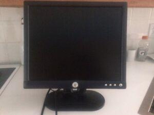 """ÉCRAN D'ORDINATEUR LCD MONITEUR 17"""" DELL E172FPI"""
