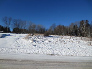 Great Acreage with Deeded Access to Wollaston Lake!