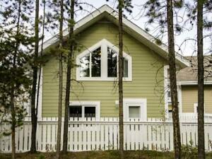 single detached family dwelling unfurnished & dog friendly