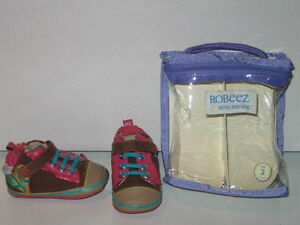 Robeez Shoes for Baby Girls (size 1 - 2)