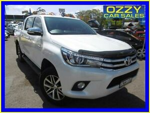 2016 Toyota Hilux GUN126R SR5 (4x4) Pearl White 6 Speed Automatic Dual Cab Utility Penrith Penrith Area Preview