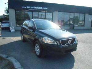 VOLVO XC60 3.2L CROSS COUNTRY 2011 **TOIT PANO**