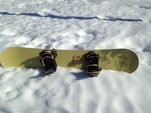 BURTON FEELGOOD SNOWBOARD WITH BINDINGS (150cm)