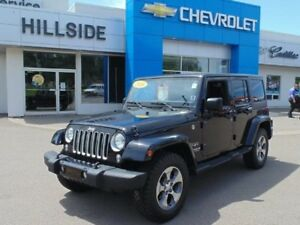 2016 Jeep Wrangler Unlimited Sahara *4x4/NAV/NEW BF GOODRICH ALL