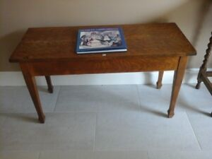 Vintage Wood Lift-top Piano Bench