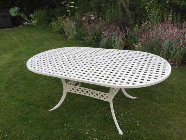 Surprising Vintage Cottage Style Metal Garden Table In Bury St Edmunds Suffolk Gumtree Beutiful Home Inspiration Truamahrainfo