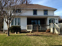 Large 2500 square foot 5 bedroom family home for rent