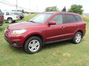 2010 Hyundai Santa Fe 6spd FINANCING AVAILABLE