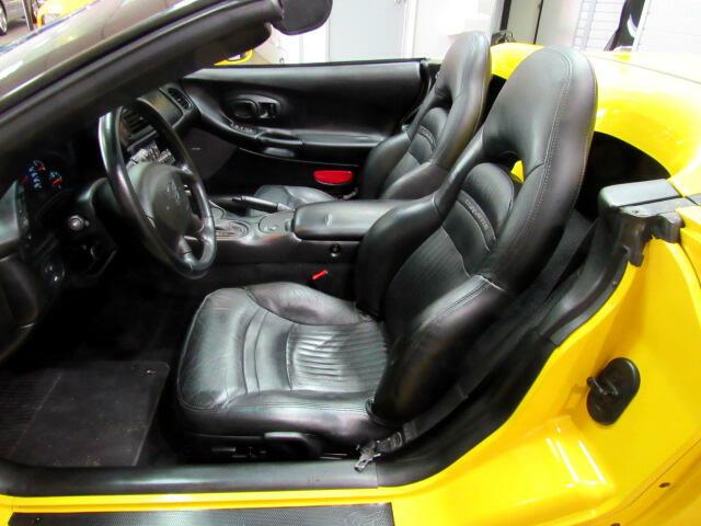2000 Yellow Chevrolet Corvette Convertible  | C5 Corvette Photo 8