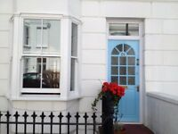 SB Lets are delighted to offer this luxurious 2 bedroom holiday let in Kemp Town, Brighton.
