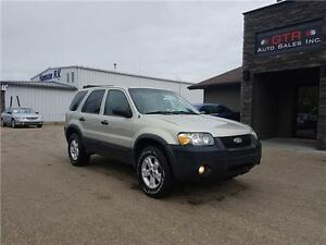 2005 Ford Escape XLT   **4WD**LOW KM**VERY CLEAN**