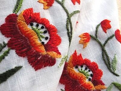 VINTAGE HAND EMBROIDERED WHITE LINEN  TABLE CLOTH  EXQUISITE RAISED EMBROIDERY