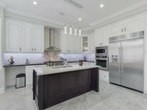 4bed Detached Chef's Gourmet Kitchn built-inappliances Brampton